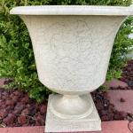 Vintage Flower Urn - resin/hard plastic WHITE  with GOLD SWIRLS