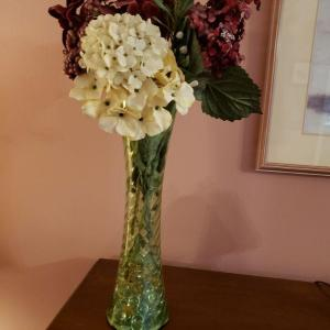 Photo of Vase and flowers
