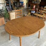 Dining Room Table w/Laminate Top & Wood Legs