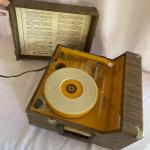 Lot 101- Newcomb EDT-12P Turntable Model 394J