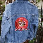 Vintage Looney Tunes Warner Brothers jacket medium