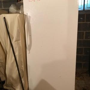 Photo of Lot 827B: Kenmore Upright Freezer
