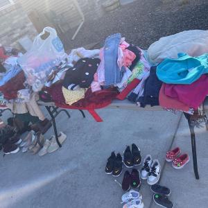 Photo of Yard sale !!!