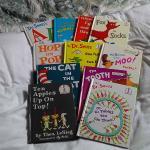 LOT OF 11 DR. SEUSS CHILDREN'S BOOKS