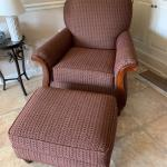 Upholstered Livingroom Chair