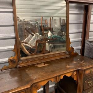 Photo of I9 - Antique Vanity w/ mirror