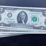 Collection of (25) 1976 $2 Federal reserve notes Lot A30
