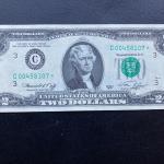 Rare 1976 $2 dollar federal STAR note bill uncirculated. Lot A28
