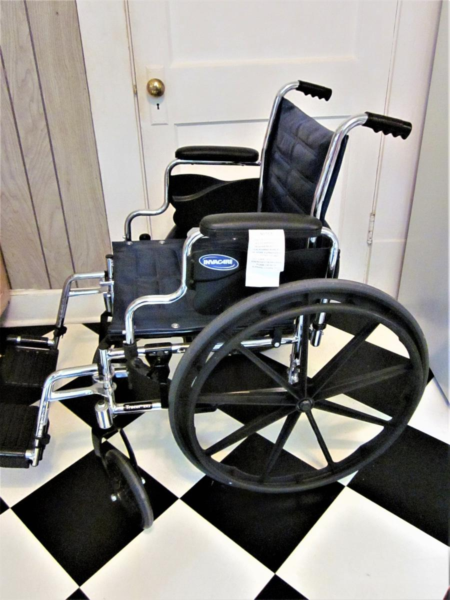 Photo 2 of Tracer EX2 Wheelchair - New Condition