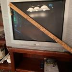 "Advent 19"" Q1435A CRT Retro Gaming TV w/ Component & S-Video Inputs"