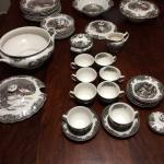 Table and Friendly Village Dish set