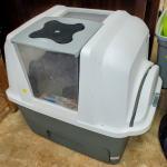 Deluxe scooping litter box