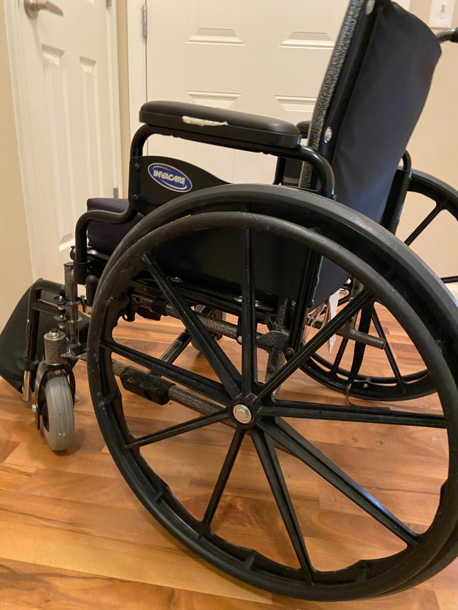 Photo 5 of Invacare SRX 5 wheelchair
