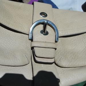 Photo of BEIGE VINTAGE COACH BAG WITH SERIAL NUMBER INSIDE