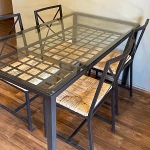 Photo of IKEA 5 piece dining room table