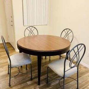 Photo of Dining table with 4 chairs