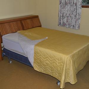 Photo of 6 Piece bedroom set