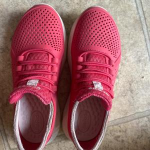 Photo of girl's shoes(12-2 size), toys