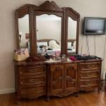 9 Drawer Unique Furniture Makers Chest of drawers w/tri-fold mirror