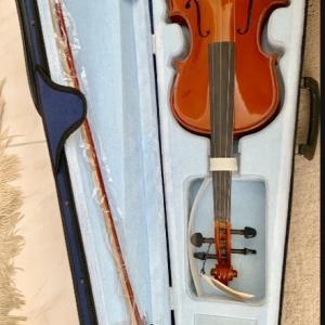 Photo of NEW, Anton Breton Violin Rosin, AB 20 student 4/4 size