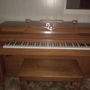 Photo of Beautiful 1932 piano