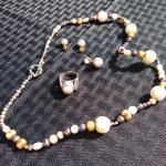 Multi color pearl set
