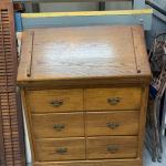 Vintage oak dresser/Desk !
