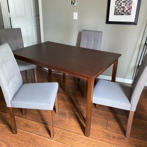 Photo of Dining Room Table for sale with 4 cushioned chairs