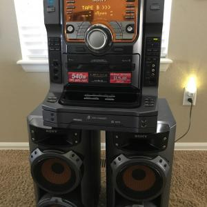 Photo of Sony LBT-ZX66i Compact Stereo Mini Hi-Fi Component System 560 Watts MP3 5 Disc