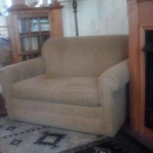 Photo of Love seat/fold out twin bed