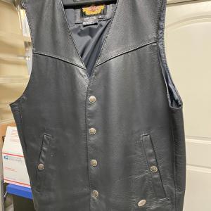Photo of Men's Harley Davidson Leather Motorcycle Vest