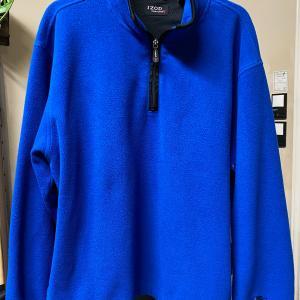 Photo of Men's Izod fleece jacket
