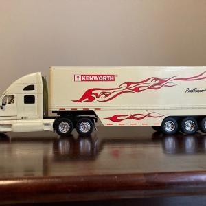 """Photo of New Ray KENWORTH T2000 truck & trailor 21"""""""