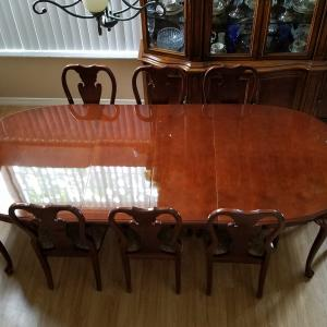 Photo of 8  chair Queen Ann Dining room set