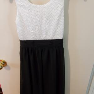 Photo of Girls Dress Size  14
