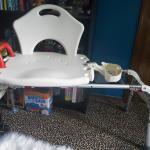Tub slider chair