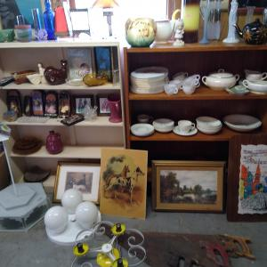 Photo of MOVING SALE Vintage items and more!