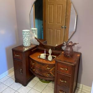 Photo of Antique Dressing Table