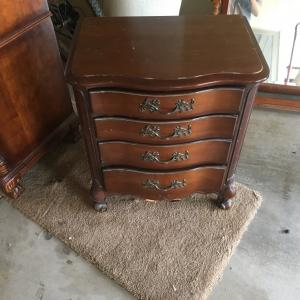 Photo of Dresser end table mirror