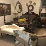 Queen Size,Nancy Drew Wood Bed Set
