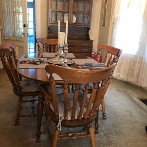 Photo of Mint Condition Dining Room set