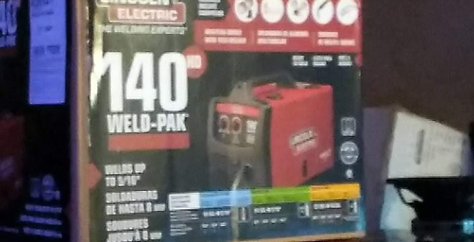 Photo 1 of Lincoln Electric weld pak 140 HD wire feed welder
