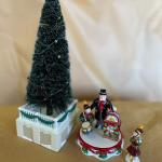 """Dept 56 Snow Village """"The Tree Lighting Ceremony"""". PPU and Cash or Venmo"""