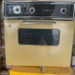 """GE 24"""" Built-in oven"""