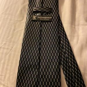 Photo of Designing Men Black with small white line tie