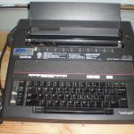 Brother AX-24 typewriter