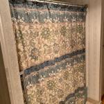 Lot 287 - Shower Curtain & Bathroom Accessories