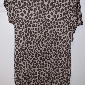 Photo of ARMANI EXCHANGE size medium dress
