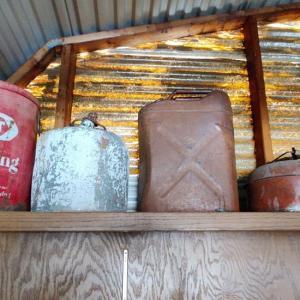 Photo of South Austin Barn and Yard sale