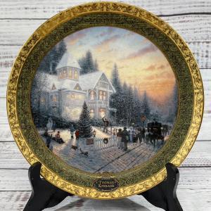 Photo of Victorian Christmas Thomas Kinkade limited edition plate